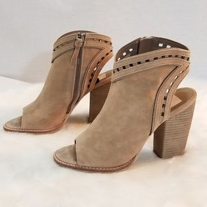 Dolce Vita Sand Suede Leather Peep-Toe Sandals